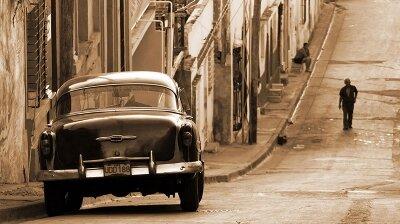 Винтажные фотообои Авто на улице