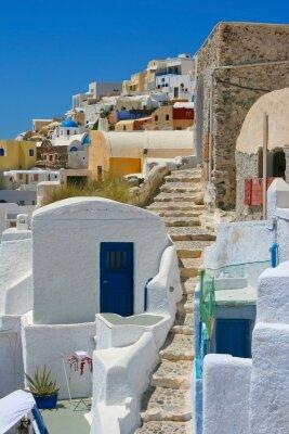 Архитектурные постройки греческого острова Тира