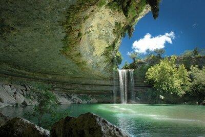 Фотообои Водопад над лагуной