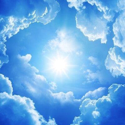Фотообои Солнце среди облаков