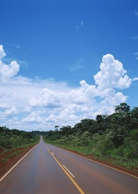 Фотообои Облака над шоссе