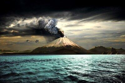 Фотообои для зала Вулкан на острове
