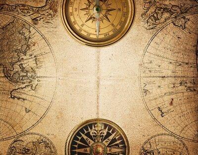 карта и компасы