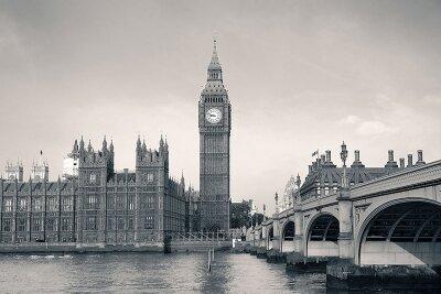 Черно-белые фотообои Лондон днем