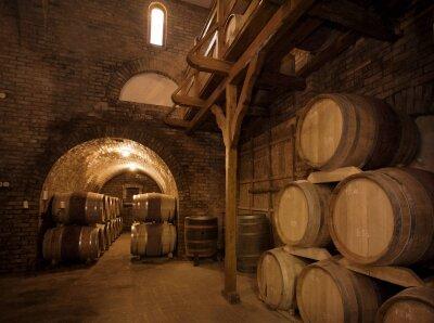 Интерьеры погреб с вином