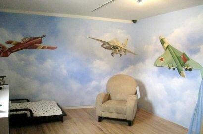 Фотообои с вертолетами в интерьере детской